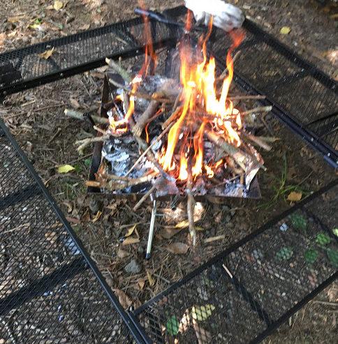 「囲炉裏テーブルがほしい!」のでおすすめを探してみました。BBQグリルや焚火を囲もう。